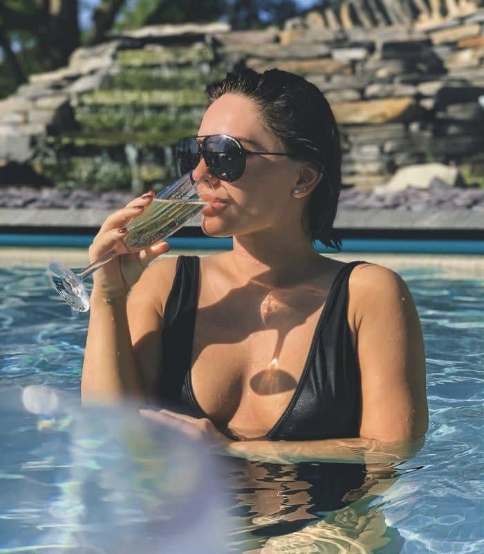 IIEPD.com- Jagoda Furtado- In a pool